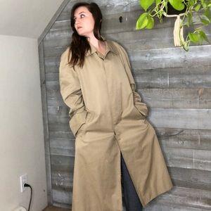 Burberry vintage beige camel trench coat